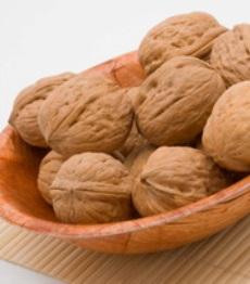 meredam stress dengan kacang walnut